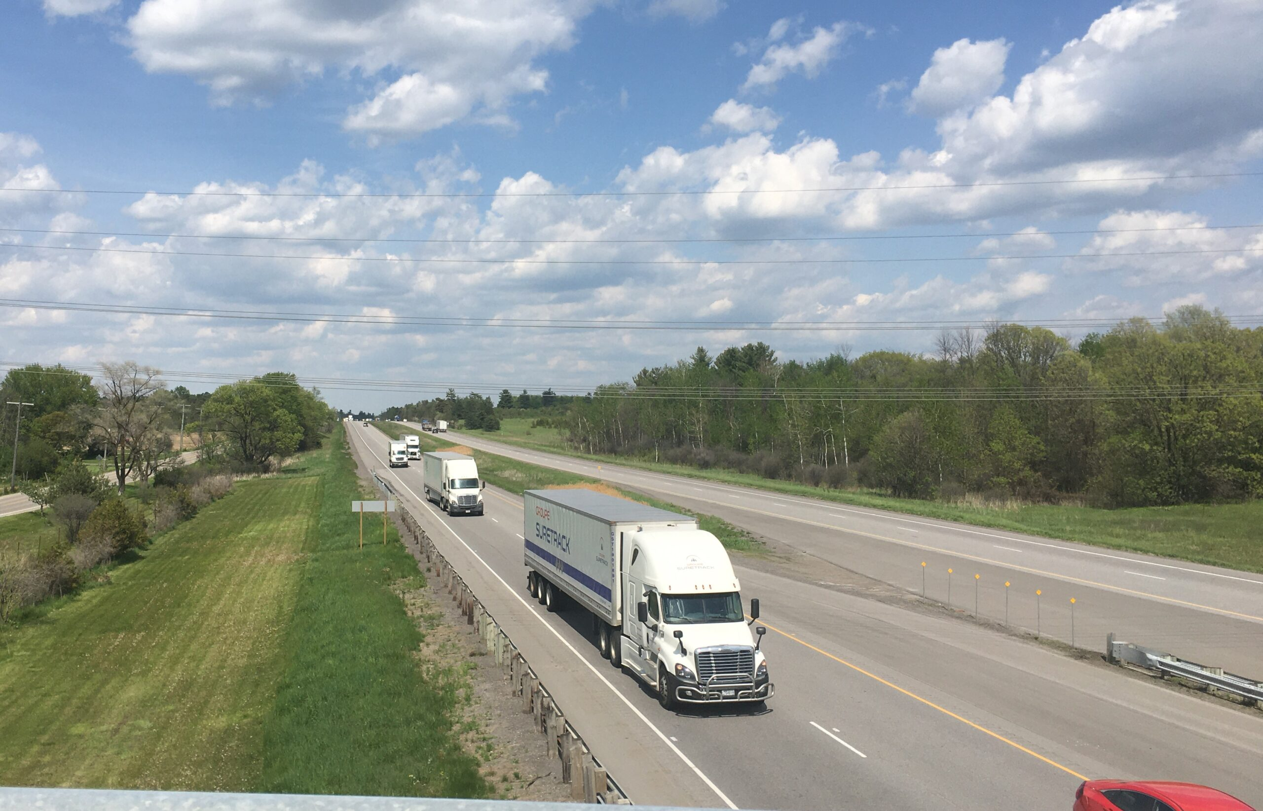 photo of the 401 from the blue church road overpass