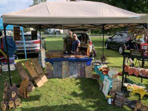 Farmer's Market Booth: Barnboard House Crafts
