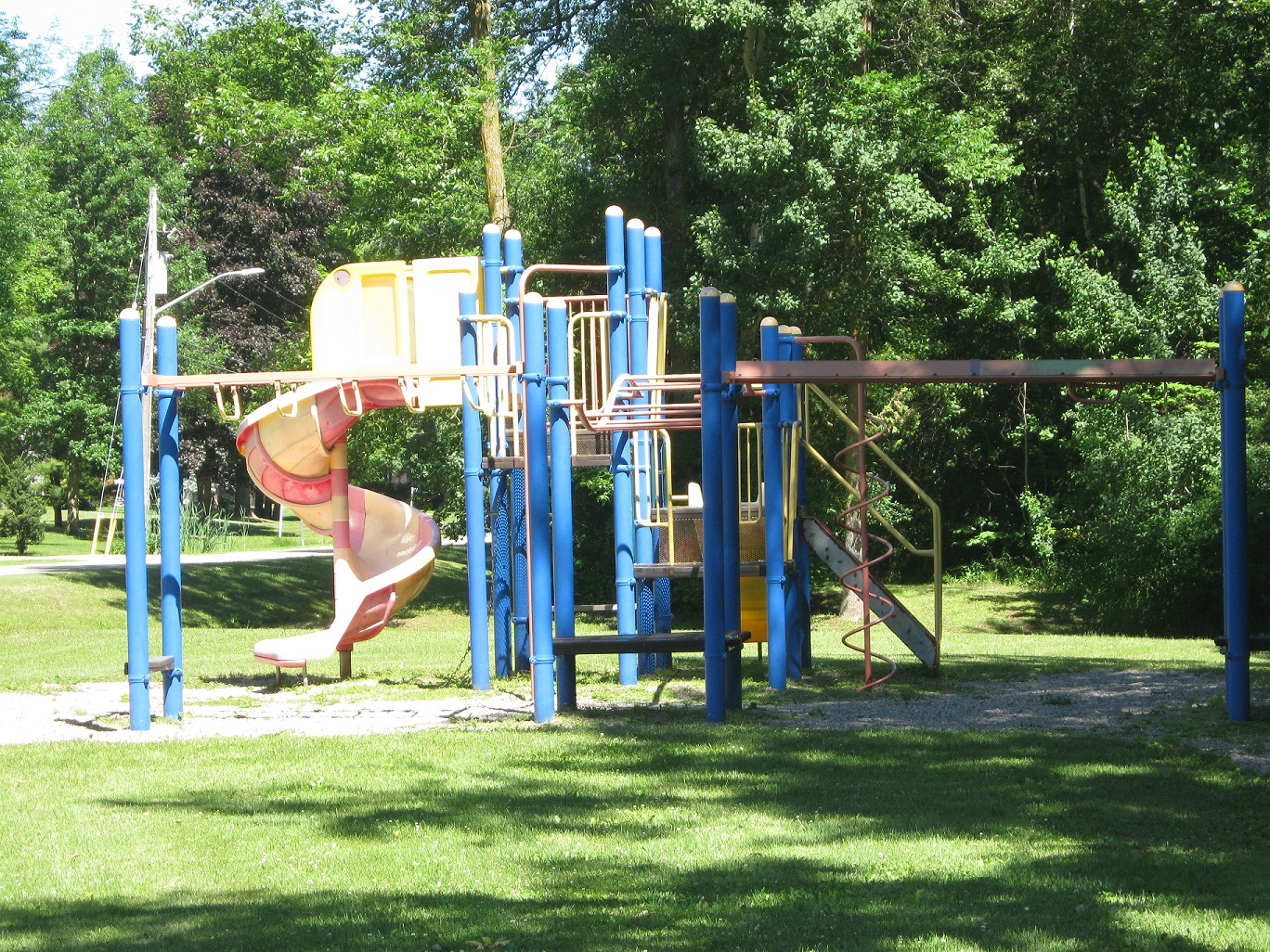 play structure at cedar park