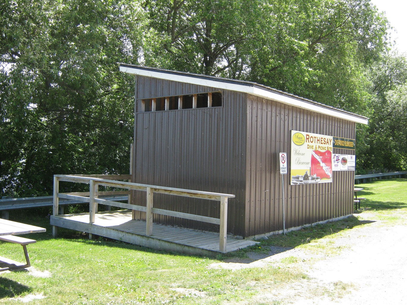 the rothesay dive site changing rooms